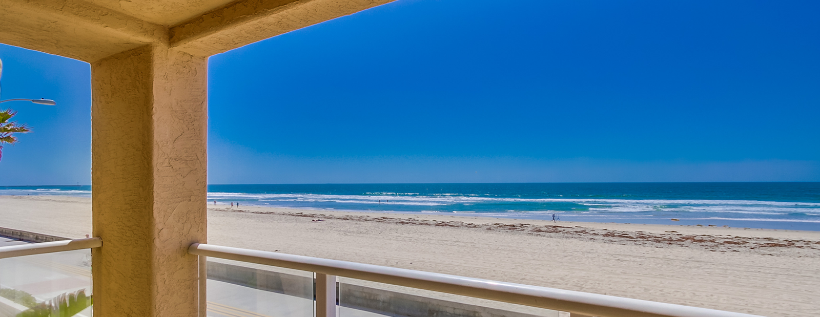 balcony-beach-view